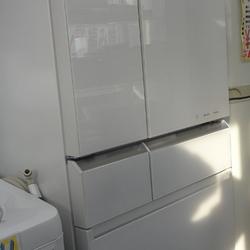 エコナビ搭載高級冷蔵庫入荷しましたよ!
