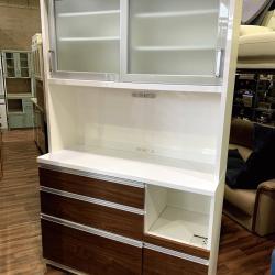 <リサイクルバナナ苫小牧店>本日入荷!イチオシデザインの食器棚のご紹介です♪